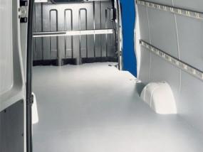 Podłogi ze sklejki antypoślizgowej do samochodów dostawczych